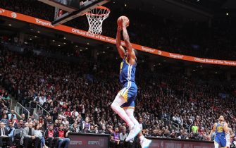 TORONTO, CANADA - MAY 30: Andre Iguodala #9 of the Golden State Warriors dunks the ball against the Toronto Raptors  during Game One of the NBA Finals on May 30, 2019 at Scotiabank Arena in Toronto, Ontario, Canada. NOTE TO USER: User expressly acknowledges and agrees that, by downloading and/or using this photograph, user is consenting to the terms and conditions of the Getty Images License Agreement. Mandatory Copyright Notice: Copyright 2019 NBAE (Photo by Nathaniel S. Butler/NBAE via Getty Images)