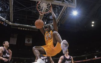 LOS ANGELES - DECEMBER 8:  Shaquille O'Neal #34 of the Los Angeles Lakers makes the dunk during the game against the Utah Jazz at Staples Center on December 8, 2002 in Los Angeles, California. The Lakers defeated the Jazz 110-101.  NOTE TO USER: User expressly acknowledges and agrees that, by downloading and/or using this Photograph, User is consenting to the terms and conditions of the Getty Images License Agreement Mandatory Copyright Notice:  Copyright 2002 NBAE  (Photo by:  Andrew D. Bernstein/NBAE via Getty Images)