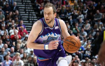 SALT LAKE CITY, UT - DECEMBER 7: Joe Ingles #2 of the Utah Jazz handles the ball during the game against the Memphis Grizzlies on December 7, 2019 at vivint.SmartHome Arena in Salt Lake City, Utah. NOTE TO USER: User expressly acknowledges and agrees that, by downloading and or using this Photograph, User is consenting to the terms and conditions of the Getty Images License Agreement. Mandatory Copyright Notice: Copyright 2019 NBAE (Photo by Melissa Majchrzak/NBAE via Getty Images)