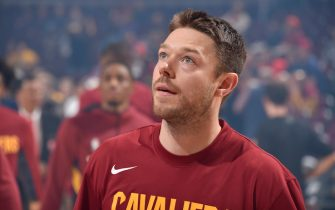 CLEVELAND, OH - OCTOBER 30: Matthew Dellavedova #18 of the Cleveland Cavaliers looks on against the Chicago Bulls on October 30, 2019 at Quicken Loans Arena in Cleveland, Ohio. NOTE TO USER: User expressly acknowledges and agrees that, by downloading and/or using this Photograph, user is consenting to the terms and conditions of the Getty Images License Agreement. Mandatory Copyright Notice: Copyright 2019 NBAE (Photo by David Liam Kyle/NBAE via Getty Images)