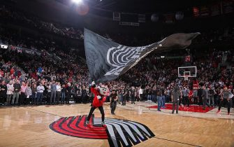PORTLAND, OR - FEBRUARY 2:  Blaze the Trail Cat gets the crowd into the game against the Milwaukee Bucks on February 2, 2016 at the Moda Center Arena in Portland, Oregon. NOTE TO USER: User expressly acknowledges and agrees that, by downloading and or using this photograph, user is consenting to the terms and conditions of the Getty Images License Agreement. Mandatory Copyright Notice: Copyright 2016 NBAE (Photo by Sam Forencich/NBAE via Getty Images)
