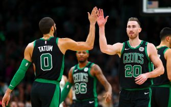 BOSTON, MA - JANUARY 11:  Gordon Hayward #20 of the Boston Celtics high fives Jayson Tatum #0 of the Boston Celtics during a game against the New Orleans Pelicans at TD Garden on January 11, 2019 in Boston, Massachusetts. NOTE TO USER: User expressly acknowledges and agrees that, by downloading and or using this photograph, User is consenting to the terms and conditions of the Getty Images License Agreement. (Photo by Adam Glanzman/Getty Images)