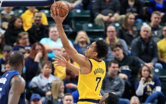 INDIANAPOLIS, INDIANA - JANUARY 17:  Malcolm Brogdon #7 of the Indiana Pacers shoots the ball against the Minnesota Timberwolves at Bankers Life Fieldhouse on January 17, 2020 in Indianapolis, Indiana.    NOTE TO USER: User expressly acknowledges and agrees that, by downloading and or using this photograph, User is consenting to the terms and conditions of the Getty Images License Agreement. (Photo by Andy Lyons/Getty Images)