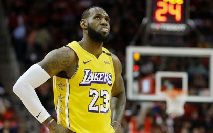 Coro 'MVP' per LeBron James a Houston. VIDEO