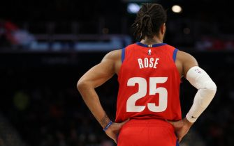 WASHINGTON, DC - JANUARY 20: Derrick Rose #25 of the Detroit Pistons looks on against the Washington Wizards during the second half at Capital One Arena on January 20, 2020 in Washington, DC. NOTE TO USER: User expressly acknowledges and agrees that, by downloading and or using this photograph, User is consenting to the terms and conditions of the Getty Images License Agreement. (Photo by Patrick Smith/Getty Images)