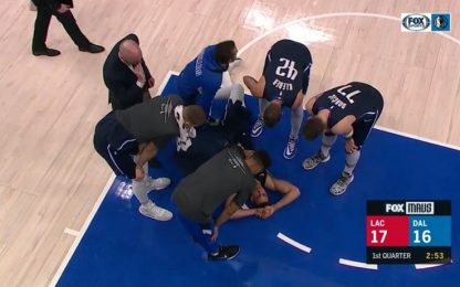 Infortunio Dwight Powell, stagione finita. VIDEO
