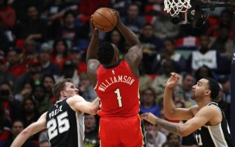 NEW ORLEANS, LOUISIANA - JANUARY 22: Zion Williamson #1 of the New Orleans Pelicans scores his first points against the San Antonio Spurs at Smoothie King Center on January 22, 2020 in New Orleans, Louisiana. NOTE TO USER: User expressly acknowledges and agrees that, by downloading and/or using this photograph, user is consenting to the terms and conditions of the Getty Images License Agreement.   (Photo by Chris Graythen/Getty Images)