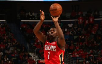 NEW ORLEANS, LA - JANUARY 22: Zion Williamson #1 of the New Orleans Pelicans shoots three point basket against the San Antonio Spurs on January 22, 2020 at the Smoothie King Center in New Orleans, Louisiana. NOTE TO USER: User expressly acknowledges and agrees that, by downloading and or using this Photograph, user is consenting to the terms and conditions of the Getty Images License Agreement. Mandatory Copyright Notice: Copyright 2020 NBAE (Photo by Layne Murdoch Jr./NBAE via Getty Images)
