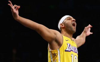 NEW YORK, NEW YORK - JANUARY 23:  Jared Dudley #10 of the Los Angeles Lakers celebrates after hitting a three point basket against the Brooklyn Nets at Barclays Center on January 23, 2020 in New York City. NOTE TO USER: User expressly acknowledges and agrees that, by downloading and or using this photograph, User is consenting to the terms and conditions of the Getty Images License Agreement.  (Photo by Mike Stobe/Getty Images)