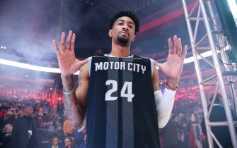 """DETROIT, MI - JANUARY 27: The Detroit Pistons honor Kobe Bryant wearing number """"8"""" and """"24"""" on their jerseys prior to a game between the Cleveland Cavaliers and the Detroit Pistons on January 27, 2020 at Little Caesars Arena in Detroit, Michigan. NOTE TO USER: User expressly acknowledges and agrees that, by downloading and/or using this photograph, User is consenting to the terms and conditions of the Getty Images License Agreement. Mandatory Copyright Notice: Copyright 2020 NBAE (Photo by Chris Schwegler/NBAE via Getty Images)"""