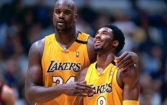 LOS ANGELES - 2000: Kobe Bryant #8 and Shaquille O'Neal #34 of the Los Angeles Lakers walk and talk during a game played circa 2000 at the Staples Center in Los Angeles, California. NOTE TO USER: User expressly acknowledges and agrees that, by downloading and or using this photograph, User is consenting to the terms and conditions of the Getty Images License Agreement. Mandatory Copyright Notice: Copyright 2000 NBAE (Photo by Andrew D. Bernstein/NBAE via Getty Images)