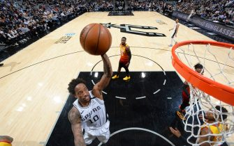 SAN ANTONIO, TX - JANUARY 29: DeMar DeRozan #10 of the San Antonio Spurs dunks the ball against the Utah Jazz on January 29, 2020 at the AT&T Center in San Antonio, Texas. NOTE TO USER: User expressly acknowledges and agrees that, by downloading and or using this photograph, user is consenting to the terms and conditions of the Getty Images License Agreement. Mandatory Copyright Notice: Copyright 2020 NBAE (Photos by Logan Riely/NBAE via Getty Images)