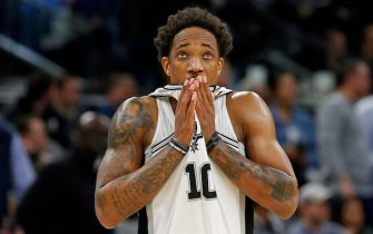 SAN ANTONIO, TX - JANUARY 29:  DeMar DeRozan #10 of the San Antonio Spurs checks out the clock during second half action against the Utah Jazz at AT&T Center on January 29, 2020 in San Antonio, Texas.  San Antonio Spurs defeated the Utah Jazz 127-120. NOTE TO USER: User expressly acknowledges and agrees that , by downloading and or using this photograph, User is consenting to the terms and conditions of the Getty Images License Agreement. (Photo by Ronald Cortes/Getty Images)