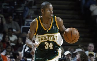 HOUSTON - APRIL 12:  Ray Allen #34 of the Seattle Sonics dribbles against the Houston Rockets during the game at Compaq Center on April 12, 2003 in Houston, Texas.  The Rockets won 101-86.  NOTE TO USER: User expressly acknowledges and agrees that, by downloading and/or using this Photograph, User is consenting to the terms and conditions of the Getty Images License Agreement Mandatory Copyright Notice:  Copyright 2003 NBAE  (Photo by Layne Murdoch/NBAE via Getty Images)