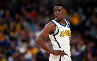 INDIANAPOLIS, IN - MARCH 14: Darren Collison #2 of the Indiana Pacers looks on against the Oklahoma City Thunder  on March 14, 2019 at Bankers Life Fieldhouse in Indianapolis, Indiana. NOTE TO USER: User expressly acknowledges and agrees that, by downloading and or using this Photograph, user is consenting to the terms and conditions of the Getty Images License Agreement. Mandatory Copyright Notice: Copyright 2019 NBAE (Photo by Zach Beeker/NBAE via Getty Images)