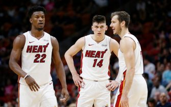 MIAMI, FLORIDA - OCTOBER 29: Jimmy Butler #22, Tyler Herro #14 and Goran Dragic #7 of the Miami Heat huddle against the Atlanta Hawks during the second half at American Airlines Arena on October 29, 2019 in Miami, Florida. NOTE TO USER: User expressly acknowledges and agrees that, by downloading and/or using this photograph, user is consenting to the terms and conditions of the Getty Images License Agreement. (Photo by Michael Reaves/Getty Images)