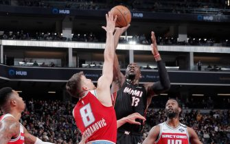 SACRAMENTO, CA - FEBRUARY 7: Bam Adebayo #13 of the Miami Heat shoots the ball against the Sacramento Kings on February 7, 2020 at Golden 1 Center in Sacramento, California. NOTE TO USER: User expressly acknowledges and agrees that, by downloading and or using this Photograph, user is consenting to the terms and conditions of the Getty Images License Agreement. Mandatory Copyright Notice: Copyright 2020 NBAE (Photo by Rocky Widner/NBAE via Getty Images)