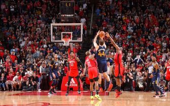 HOUSTON, TX - FEBRUARY 9: Bojan Bogdanovic #44 of the Utah Jazz makes the game winning three point shot against the Houston Rockets on February 9, 2020 at the Toyota Center in Houston, Texas. NOTE TO USER: User expressly acknowledges and agrees that, by downloading and or using this photograph, User is consenting to the terms and conditions of the Getty Images License Agreement. Mandatory Copyright Notice: Copyright 2020 NBAE (Photo by Bill Baptist/NBAE via Getty Images)
