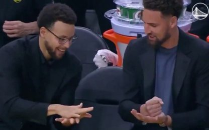 Steph e Klay, morra cinese per Iguodala. VIDEO