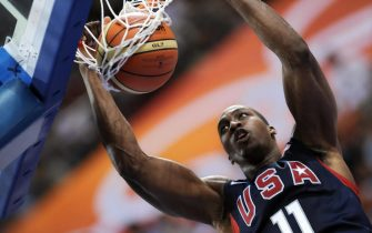 USA's Dwight Howard goes for a dunk during the men's semi-final basketball match Argentina against The US  of the Beijing 2008 Olympic Games on August 22, 2008 at the Olympic basketball Arena in Beijing. The US won 101-81. AFP PHOTO / FILIPPO MONTEFORTE (Photo credit should read FILIPPO MONTEFORTE/AFP via Getty Images)
