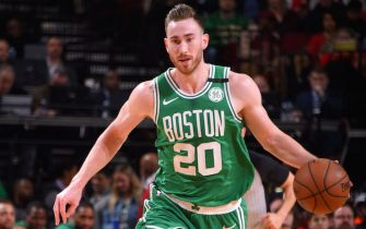 HOUSTON, TX - FEBRUARY 11: Gordon Hayward #20 of the Boston Celtics handles the ball against the Houston Rockets on February 11, 2020 at the Toyota Center in Houston, Texas. NOTE TO USER: User expressly acknowledges and agrees that, by downloading and or using this photograph, User is consenting to the terms and conditions of the Getty Images License Agreement. Mandatory Copyright Notice: Copyright 2020 NBAE (Photo by Bill Baptist/NBAE via Getty Images)