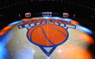 NEW YORK, NY - FEBRUARY 6:  A general view of the New York Knicks logo before a game against the Los Angeles Lakers on February 6, 2017 at Madison Square Garden in New York City, New York.  NOTE TO USER: User expressly acknowledges and agrees that, by downloading and/or using this photograph, user is consenting to the terms and conditions of the Getty Images License Agreement. Mandatory Copyright Notice: Copyright 2017 NBAE (Photo by Nathaniel S. Butler/NBAE via Getty Images)