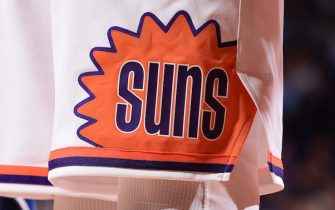 PHOENIX, AZ - NOVEMBER 10: A close up view of the Phoenix Suns logo during the game against the Orlando Magic on November 10, 2017 at Talking Stick Resort Arena in Phoenix, Arizona. NOTE TO USER: User expressly acknowledges and agrees that, by downloading and or using this photograph, user is consenting to the terms and conditions of the Getty Images License Agreement. Mandatory Copyright Notice: Copyright 2017 NBAE (Photo by Michael Gonzales/NBAE via Getty Images)