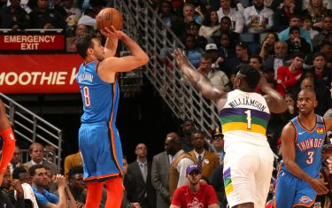 NEW ORLEANS, LA - FEBRUARY 13: Danilo Gallinari #8 of the Oklahoma City Thunder shoots three point basket against the New Orleans Pelicans on February 13, 2020 at the Smoothie King Center in New Orleans, Louisiana. NOTE TO USER: User expressly acknowledges and agrees that, by downloading and or using this Photograph, user is consenting to the terms and conditions of the Getty Images License Agreement. Mandatory Copyright Notice: Copyright 2020 NBAE (Photo by Layne Murdoch Jr./NBAE via Getty Images)