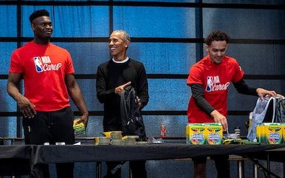 Obama sorprende Zion Williamson: incontro tra n°1