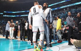 CHARLOTTE, NC - FEBRUARY 17: Russell Westbrook #0 of Team Giannis chats with Rapper Nipsey Hussle during the 2019 NBA All-Star Game on February 17, 2019 at the Spectrum Center in Charlotte, North Carolina. NOTE TO USER: User expressly acknowledges and agrees that, by downloading and/or using this photograph, user is consenting to the terms and conditions of the Getty Images License Agreement. Mandatory Copyright Notice: Copyright 2019 NBAE (Photo by Nathaniel S. Butler/NBAE via Getty Images)