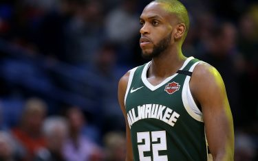 NEW ORLEANS, LOUISIANA - FEBRUARY 04: Khris Middleton #22 of the Milwaukee Bucks reacts against the New Orleans Pelicans during a game at the Smoothie King Center on February 04, 2020 in New Orleans, Louisiana. NOTE TO USER: User expressly acknowledges and agrees that, by downloading and or using this Photograph, user is consenting to the terms and conditions of the Getty Images License Agreement. (Photo by Jonathan Bachman/Getty Images)