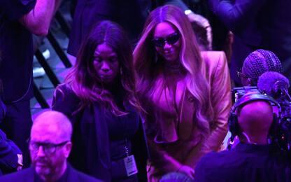 Beyoncé: l'esibizione più bella per Kobe. VIDEO