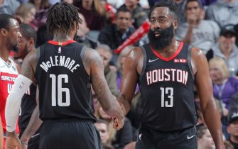 SACRAMENTO, CA - DECEMBER 23: Ben McLemore #16 and James Harden #13 of the Houston Rockets shake hands during the game against the Sacramento Kings on December 23, 2019 at Golden 1 Center in Sacramento, California. NOTE TO USER: User expressly acknowledges and agrees that, by downloading and or using this photograph, User is consenting to the terms and conditions of the Getty Images Agreement. Mandatory Copyright Notice: Copyright 2019 NBAE (Photo by Rocky Widner/NBAE via Getty Images)