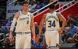 DETROIT, MI - DECEMBER 4: Brook Lopez #11 of the Milwaukee Bucks and Giannis Antetokounmpo #34 of the Milwaukee Bucks look on during a game against the Detroit Pistons on December 4, 2019 at Little Caesars Arena in Detroit, Michigan. NOTE TO USER: User expressly acknowledges and agrees that, by downloading and/or using this photograph, User is consenting to the terms and conditions of the Getty Images License Agreement. Mandatory Copyright Notice: Copyright 2019 NBAE (Photo by Brian Sevald/NBAE via Getty Images)