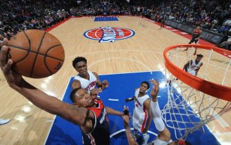 AUBURN HILLS, MI - APRIL 10: Bradley Beal #3 of the Washington Wizards dunks against the Detroit Pistons on April 10, 2017  at The Palace of Auburn Hills in Auburn Hills, Michigan. NOTE TO USER: User expressly acknowledges and agrees that, by downloading and/or using this photograph, User is consenting to the terms and conditions of the Getty Images License Agreement. Mandatory Copyright Notice: Copyright 2017 NBAE (Photo by Chris Schwegler/NBAE via Getty Images)