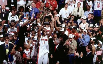 AUBURN HILLS, MI - JUNE 15:  Chauncey Billups #1 of the Detroit Pistons holds his Most Valuable Player Trophy after Game Five of the 2004 NBA Finals on June 15, 2004 at The Palace of Auburn Hills in Auburn Hills, Michigan. NOTE TO USER: User expressly acknowledges and agrees that, by downloading and/or using this Photograph, User is consenting to the terms and conditions of the Getty Images License Agreement. Mandatory Copyright Notice: Copyright 2004 NBAE. (Photo by Andy Hayt/NBAE via Getty Images)