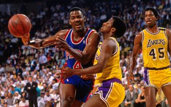 INGLEWOOD, CA- JUNE 13:  Joe Dumars #4 of the Detroit Pistons drives to the basket against the Los Angeles Lakers during Game Four of the NBA Finals at the Great Western Forum in Inglewood, California on June 13, 1989. NOTE TO USER: User expressly acknowledges and agrees that, by downloading and/or using this Photograph, user is consenting to the terms and conditions of the Getty Images License Agreement. Mandatory Copyright Notice: Copyright 1989 NBAE (Photo by Andrew D. BernsteinNBAE via Getty Images)