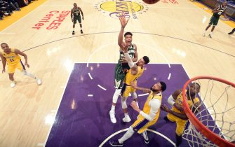 LOS ANGELES, CA - MARCH 6: Giannis Antetokounmpo #34 of the Milwaukee Bucks shoots the ball during the game against the Los Angeles Lakers on March 6, 2020 at STAPLES Center in Los Angeles, California. NOTE TO USER: User expressly acknowledges and agrees that, by downloading and/or using this Photograph, user is consenting to the terms and conditions of the Getty Images License Agreement. Mandatory Copyright Notice: Copyright 2020 NBAE (Photo by Andrew D. Bernstein/NBAE via Getty Images)