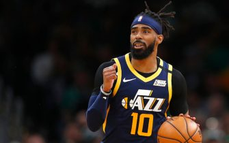BOSTON, MASSACHUSETTS - MARCH 06: Mike Conley #10 of the Utah Jazz brings the ball up court during the fourth quarter of the game against the Boston Celtics at TD Garden on March 06, 2020 in Boston, Massachusetts. NOTE TO USER: User expressly acknowledges and agrees that, by downloading and or using this photograph, User is consenting to the terms and conditions of the Getty Images License Agreement. (Photo by Omar Rawlings/Getty Images)