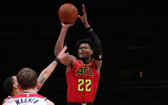 WASHINGTON, DC - MARCH 6: Cam Reddish #22 of the Atlanta Hawks shoots the ball against the Washington Wizards on March 6, 2020 at Capital One Arena in Washington, DC. NOTE TO USER: User expressly acknowledges and agrees that, by downloading and or using this Photograph, user is consenting to the terms and conditions of the Getty Images License Agreement. Mandatory Copyright Notice: Copyright 2020 NBAE (Photo by Ned Dishman/NBAE via Getty Images)