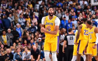DALLAS, TX - NOVEMBER 1: Anthony Davis #3 of the Los Angeles Lakers reacts to a play against the Dallas Mavericks on November 1, 2019 at the American Airlines Center in Dallas, Texas. NOTE TO USER: User expressly acknowledges and agrees that, by downloading and/or using this Photograph, user is consenting to the terms and conditions of the Getty Images License Agreement. Mandatory Copyright Notice: Copyright 2019 NBAE (Photo by Jesse D. Garrabrant/NBAE via Getty Images)