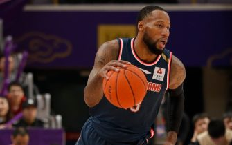 BEIJING, CHINA - DECEMBER 15: Sonny Weems #13 of Guangdong Dongguan in action during 2019/2020 CBA League - Beijing Begcl v Guangdong Dongguan at Beijing Olympic Sports Center on December 15, 2019 in Beijing, China. (Photo by Fred Lee/Getty Images)
