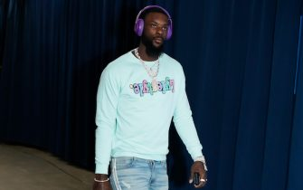 OKLAHOMA CITY, OK- APRIL 2: Lance Stephenson #6 of the Los Angeles Lakers arrives prior to a game against the Oklahoma City Thunder on April 2, 2019 at Chesapeake Energy Arena in Oklahoma City, Oklahoma. NOTE TO USER: User expressly acknowledges and agrees that, by downloading and or using this photograph, User is consenting to the terms and conditions of the Getty Images License Agreement. Mandatory Copyright Notice: Copyright 2019 NBAE (Photo by Jeff Haynes/NBAE via Getty Images)