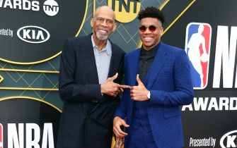 SANTA MONICA, CALIFORNIA - JUNE 24: (L-R) Kareem Abdul-Jabbar and Giannis Antetokounmpo attend the 2019 NBA Awards presented by Kia on TNT at Barker Hangar on June 24, 2019 in Santa Monica, California. (Photo by Joe Scarnici/Getty Images for Turner Sports)