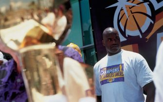 LOS ANGELES - JUNE 21: Shaquille O'Neal #34 of the Los Angeles Lakers looks out at the crowd during the Laker's Championship Parade on June 21, 2000 in Los Angeles, California.