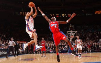 5 Feb 2002:  Allan Houston #20 of the New York Knicks misses a last second shot during a game against the Los Angeles Clippers at Madison Square Garden in New York, New York.  DIGITAL IMAGE. NOTE TO USER: User expressly acknowledges and agrees that, by downloading and/or using this Photograph, User is consenting to the terms and conditions of the Getty Images License Agreement.  Mandatory copyright notice: Copyright 2001 NBAE.  Mandatory credit: Don Echevarria/NBAE/Getty Image