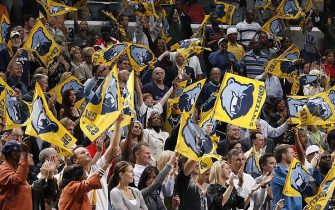 MEMPHIS, TN - OCTOBER 31:  Memphis Grizzlies fans cheer during the game against the Orlando Magic on October 31, 2008 at the FedExForum in Memphis, Tennessee. The Grizzlies won 86-84. NOTE TO USER: User expressly acknowledges and agrees that, by downloading and or using this photograph, User is consenting to the terms and conditions of the Getty Images License Agreement. Mandatory Copyright Notice: Copyright 2008 NBAE  (Photo by Joe Murphy/NBAE via Getty Images)