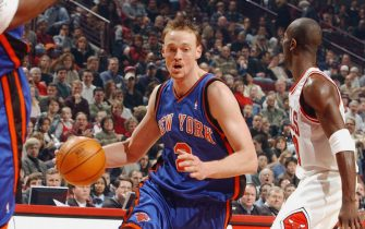 CHICAGO - JANUARY 17:  Keith Van Horn #2 of the New York Knicks drives to the hoop during the game against the Chicago Bulls on January 17, 2004 at the United Center in Chicago, Illinois. The Knicks won 101-96. NOTE TO USER: User expressly acknowledges and agrees that, by downloading and/or using this Photograph, User is consenting to the terms and conditions of the Getty Images License Agreement. (Photo by Jonathan Daniel/Getty Images) *** Local Caption *** Keith Van Horn