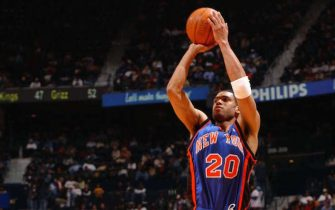 ATLANTA - JANUARY 23:  Allan Houston #20 of the New York Knicks shoots a jumper against the Atlanta Hawks during a game on January 23, 2004 at Philips Arena in Atlanta, Georgia.  NOTE TO USER: User expressly acknowledges and agrees that, by downloading and or using this photograph, User is consenting to the terms and conditions of the Getty Images License Agreement.  (Photo by Scott Cunningham/NBAE via Getty Images)