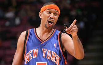 EAST RUTHERFORD, NJ - FEBRUARY 8:  Jalen Rose #5 of the New York Knicks gestures while on court against the New Jersey Nets at the Continental Airlines Arena on February 8, 2006 in East Rutherford, New Jersey.  NOTE TO USER:  User expressly acknowledges and agrees that, by downloading and or using this photograph, User is consenting to the terms and conditions of the Getty Images License Agreement. Mandatory Copyright Notice: Copyright 2006 NBAE  (Photo by Jesse D. Garrabrant/NBAE via Getty Images)